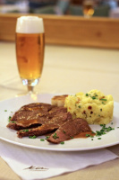 Pilsner Urquell a Flank steak